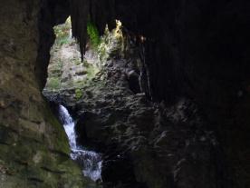Parc des Buttes-Chaumont- wodospad