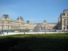 Jardin des Tuileries- widok na Luwr