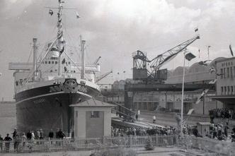 Archiwalna fotografia Dworca Morskiego. M/S Piłsudski